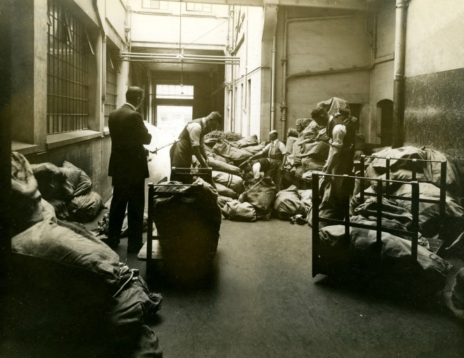 Full cpo mailroom 1920 mail landing006