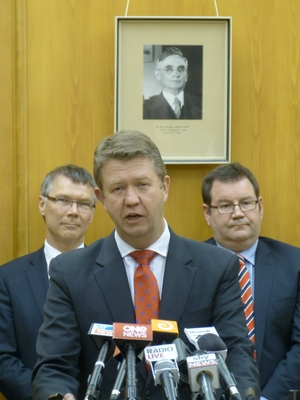 David Parker and Grant Robertson flank David Cunliffe as he announces his lineup.