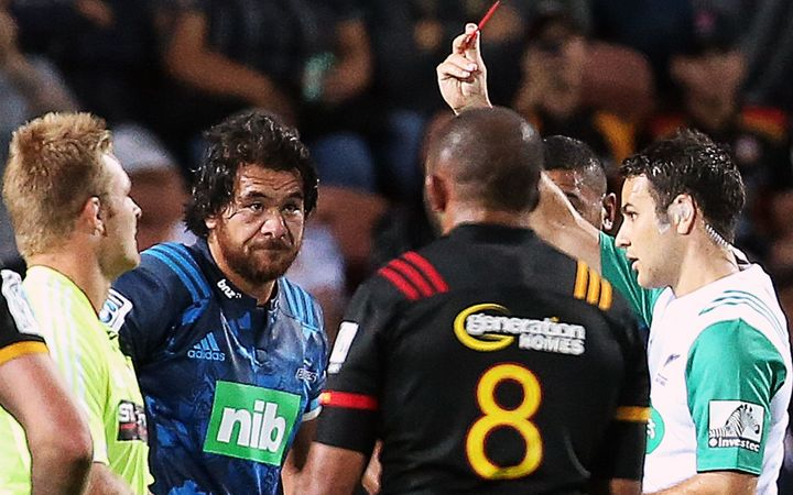 Steven Luatua is shown a red card by referee Ben O'Keeffe.