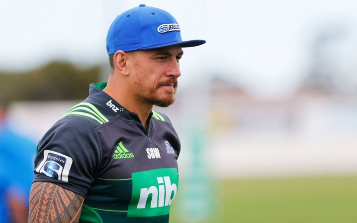 Sonny Bill Williams training with the Blues.