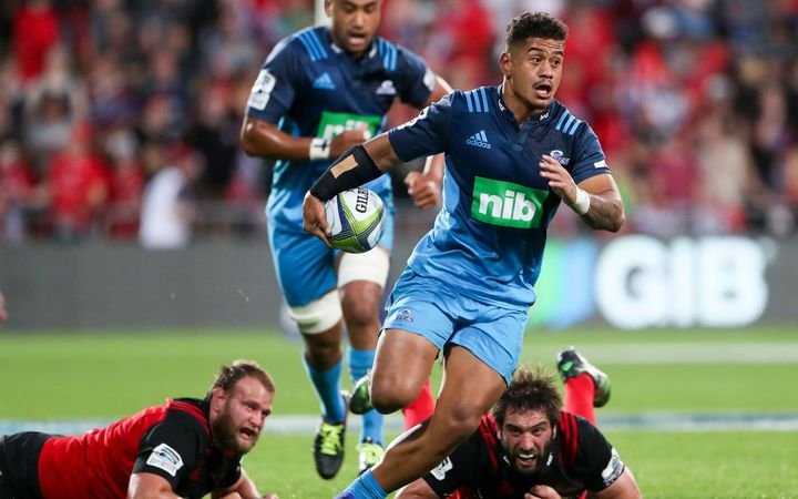 Crusaders make another great escape against Blues in Christchurch