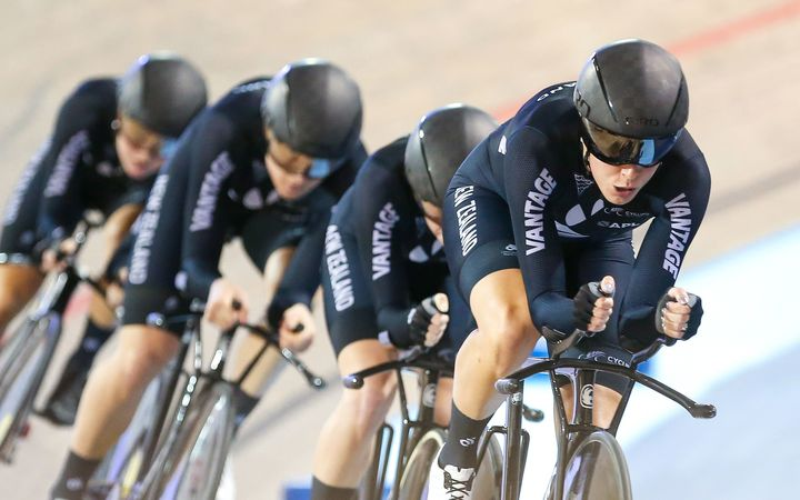 New Zealand women's pursuit cycle team 2017.