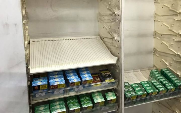 A group of young men took off with $7000 worth of cigarettes from the Hillside Superette in Papatoetoe on Monday.
