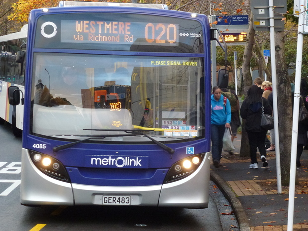 Overhaul planned for North Shore buses | RNZ News