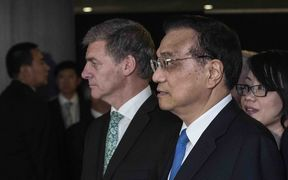 NZ Prime Minister Bil English and Chinese Premier Li Keqiang in Auckland.