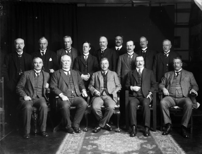 Group portrait of members of the National Ministry of New Zealand. 1916.