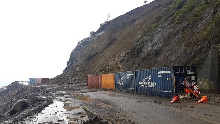 Fresh mudslides on State Highway 1 near Kaikōura have pushed containers off the edge.