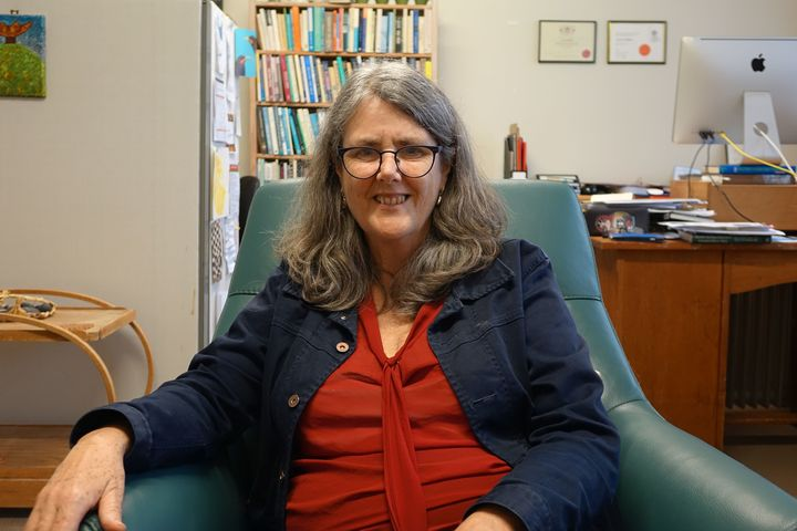 Psychotherapist Lynne Holdem believes many pakeha are envious of the treaty settlement process because they have been locked our of it.