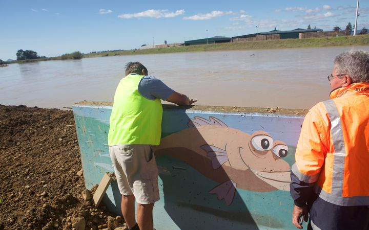 The temporary stopbank on the Rangitāiki River has stopped water flowing into Edgecumbe.