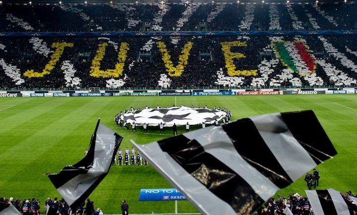 Buffon puts Juventus star Dybala among world's best after Barca heroics