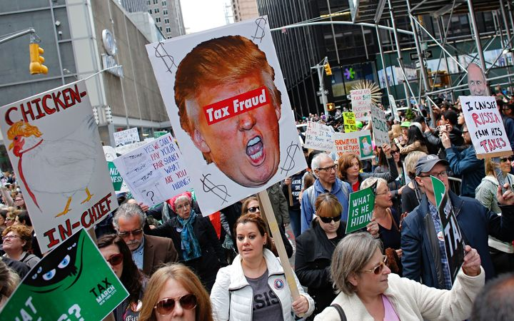 15 arrested in protests demanding Donald Trump's tax returns
