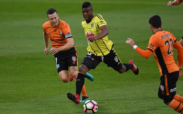 Wellington Phoenix lose to Roar 4-3
