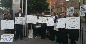 Protesters in Hobart express dismay at the failed Ross Sea deal.