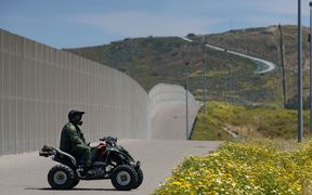 A Border Patrol agent on the US-Mexico border.