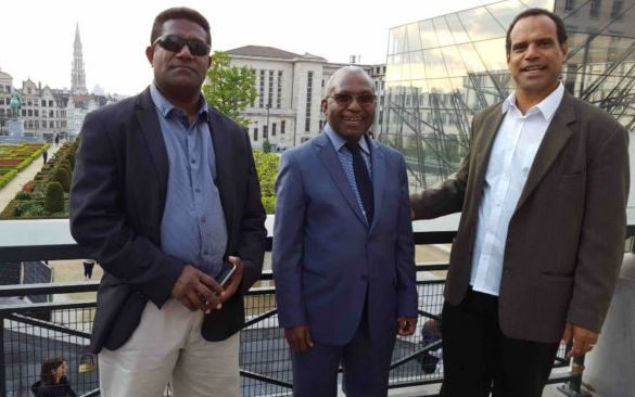 Vanuatu government representatives Johnny Koanapo (left) and Ralph Regenvanu (right) with Octo Mote, the secretary-general of the United Liberation Movement for West Papua, in the middle, in Brussels, May 2017.