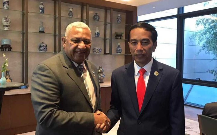 Fijian Prime Minister Frank Bainimarama with Indonesian President Joko Widodo, May 2017