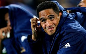 Highlanders halfback Aaron Smith.