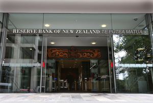 Labour wants the Reserve Bank to have a broader economic role.