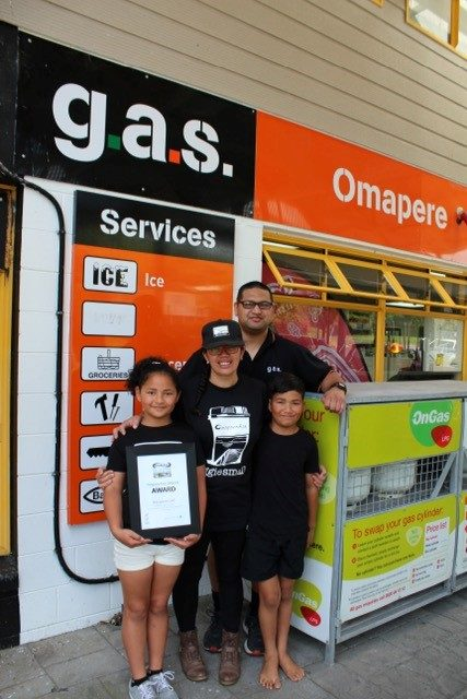 Taryn and Joseph Taurima, pictured with their kids, run GAS Omapere in Hokianga.