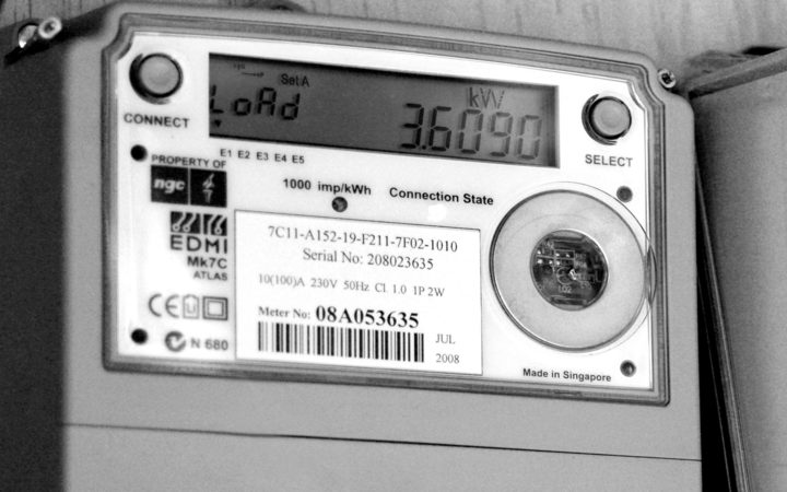 Smart meters are used in about 70 percent of New Zealand homes to detect power usage, the Privacy Commissioner says.