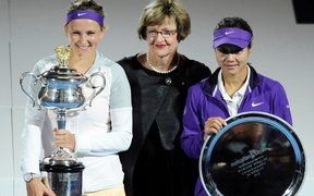 Margaret Court with 2013 Australian Open winner Victoria Azarenka and runner-up and Li Na.