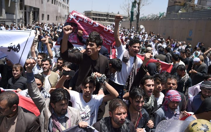Reports that 18 dead after Kabul funeral attacks