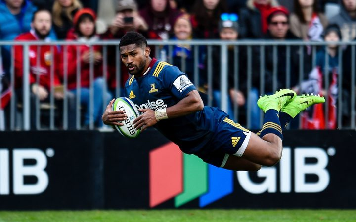 Waisake Naholo of the Highlanders scores a try during the Super Rugby match.