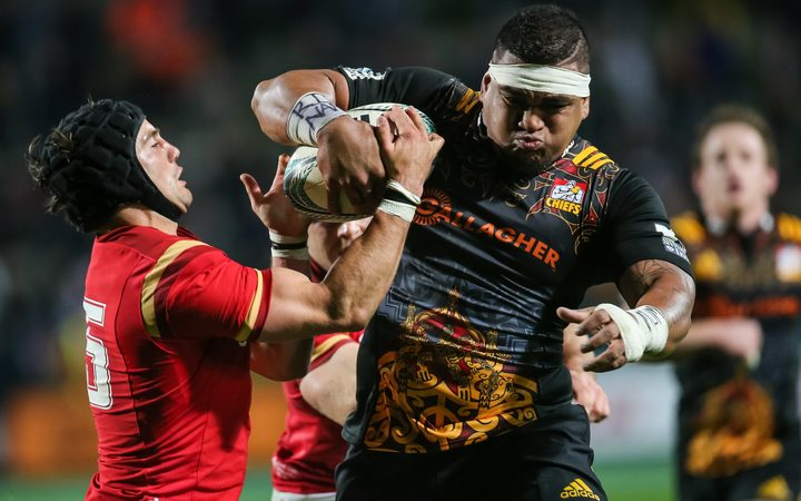 Siegfried Fisi'ihoi playing for the Chiefs against Wales in 2016.