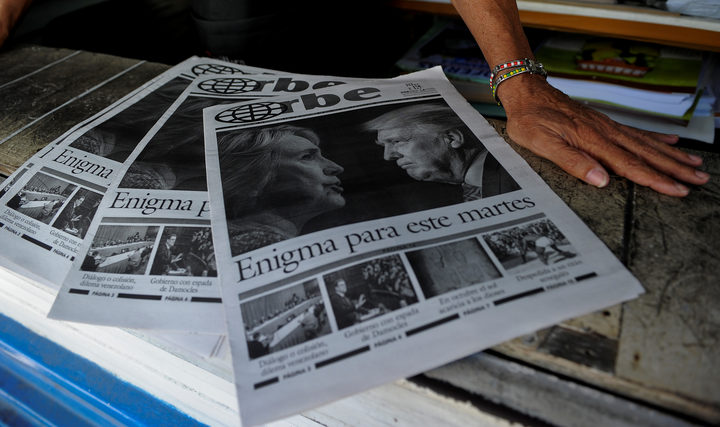 Newspapers being sold in Havana last November informing Cubans of the victory of Donald Trump as presidential candidate.
