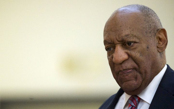 Cosby lawyer seeks to show a romantic tie between client, accuser