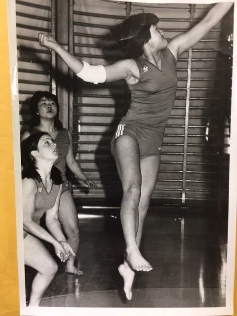 Young Mai Chen playing volleyball