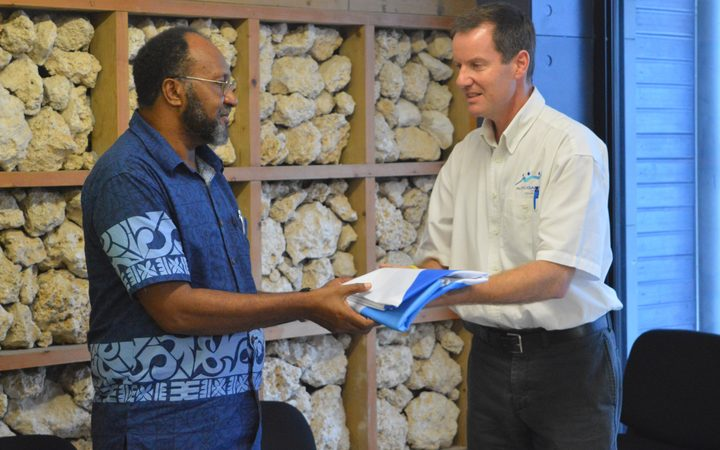 Vanuatu Prime Minister Charlot Salwai meets with Pacific Games Council CEO Andrew Minogue.