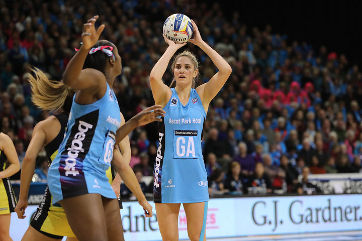 Te Paea Selby-Rickit of the Steel, right, looks to shoot during the ANZ Premiership Final against the Central Pulse.