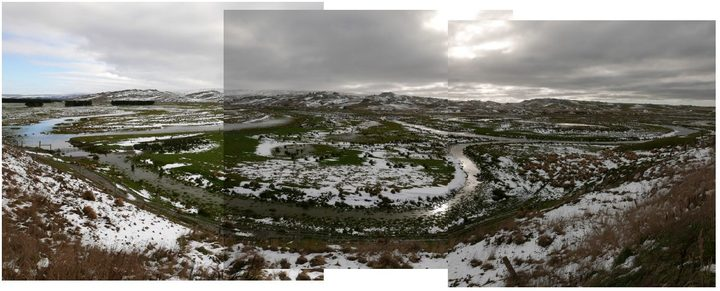 Upper Taieri River scrolls across the Maniototo Plain