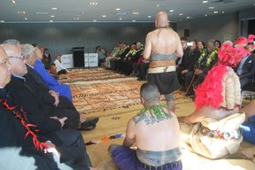 Signing of a partnership between the Maori and One Pacific.