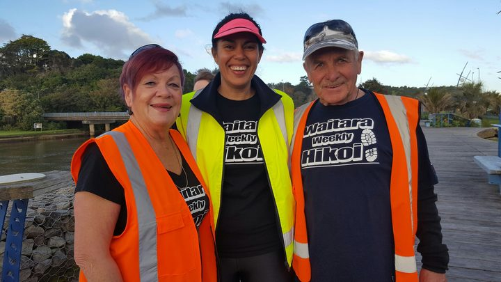 Waitara hikoi organiser Marina Healey (centre) with walkers Karen and Joe Duckett
