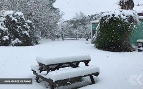 South Island wakes to snow: RNZ Checkpoint