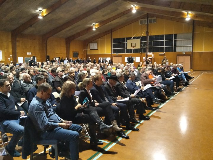 Hundreds of people attended the public meeting in Woodville.