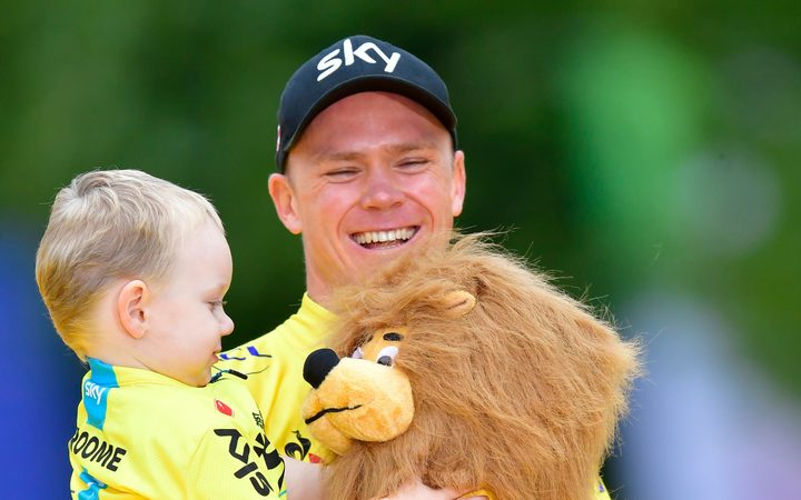 Froome gets 2011 Vuelta crown after Cobo doping ban