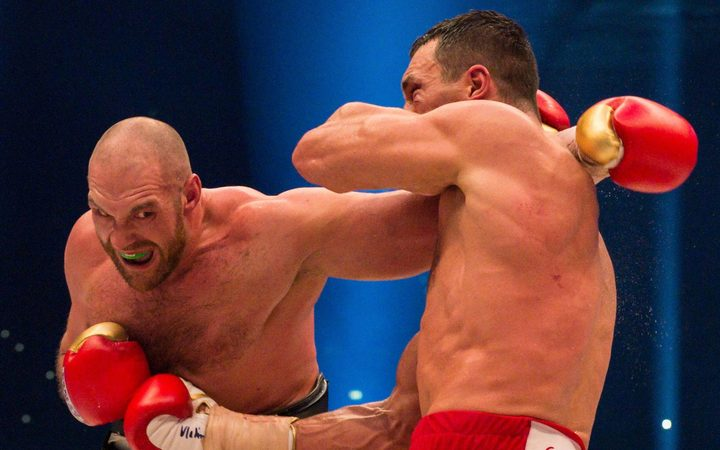 Tyson Fury announces his comeback