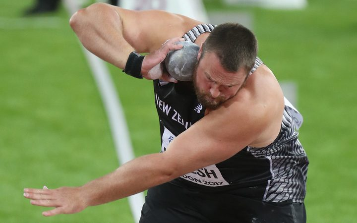 Kiwi Walsh deposes champion Kovacs in shot put