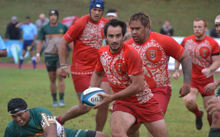 Tahiti outscored the Cook Islands two tries to none.