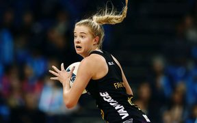 Monica Falkner of the Magic in action. 2017 ANZ Premiership netball match.