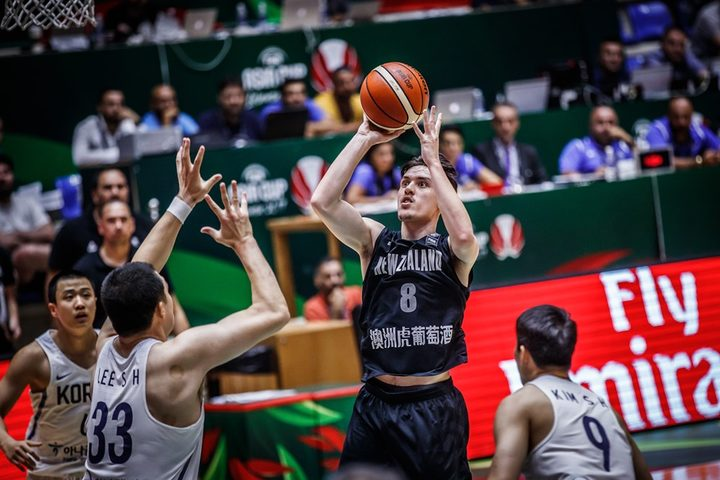 Tall Blacks Derone Raukawa