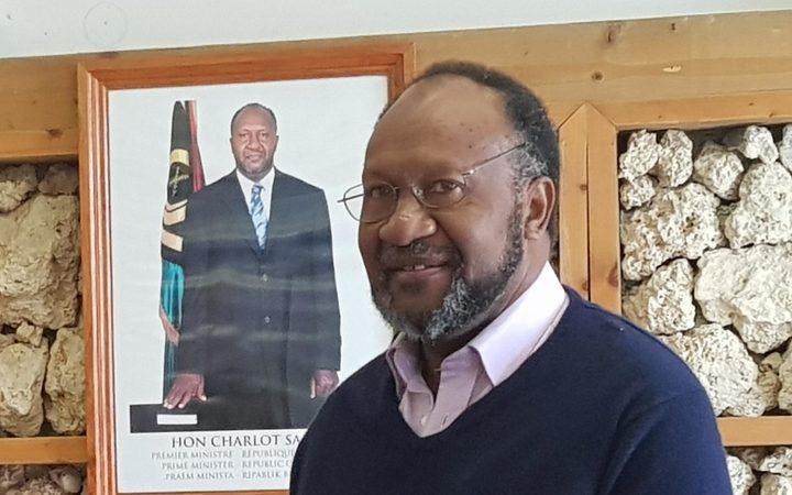 Vanuatu government reiterates majority support