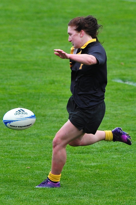 Georgia Daals in action for Wellington against Canterbury in 2012 Photo: PHOTOSPORT
