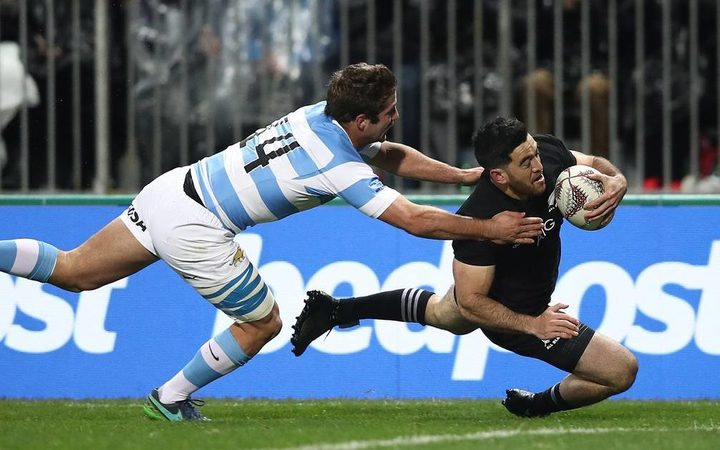 Nehe Milner-Skudder scores the first try against the Pumas.