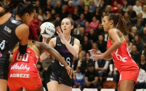 New Zealands Bailey Mes. Silver Ferns v England, Taini Jamison Trophy Netball, PG Arena, Napier, New Zealand. Sunday, 10 September, 2017.