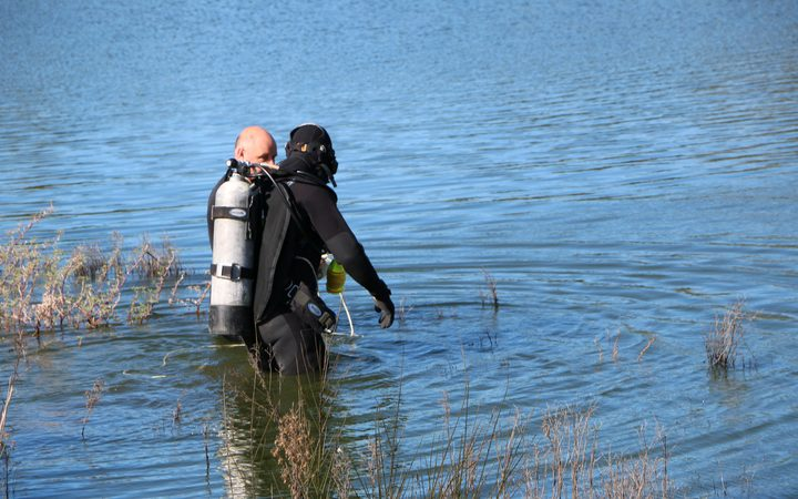 Two missing after auto in Christchurch lake