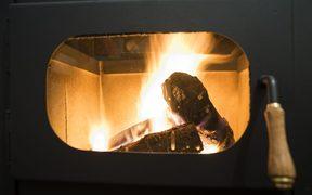Wood Stockpiling Call Aims To Discredit Burner Ban Rnz News